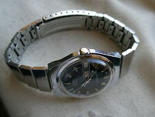 STUNNING LARGEST VINTAGE1968 TIMEX  ELECTRIC  DYNABEAT,CHROME/SS, NEEDS HELP.