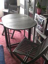 Garten-oder Balkonmöbel 2 Stühle und ein Tisch aus Holz Nur Selbstabhlung Berlin