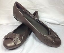 New Clarks Bendables Bow Toe Leather Shoe Pewter 9.5 Wide