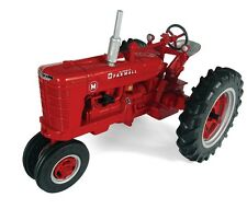 Farmall M Narrow Front Tractor 1:16