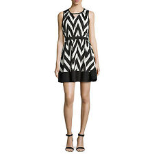 Romeo & Juliet Couture-ZigZag Black and White Flare Skate Dress/Small