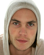 Taylor Kitsch UNSIGNED photo - D669 - SEXY!!!!!