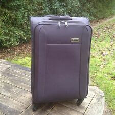 REVELATION EXPANDABLE LIGHTWEIGHT 4 WHEEL SMOOTH GLIDE SPINNER SUITCASE 2.8kgs