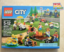 *NEW* LEGO Fun in the Park - City People Pack 60134 Soccer Hot Dog Baby Stroller