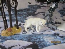 "TRAIN GARDEN HOUSE VILLAGE ANIMAL "" WILD SNOW WOLF "" + DEPT 56/LEMAX info!"
