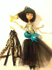 Monster High Cleo De Nile Doll, Ghouls Rule With Two Accessories