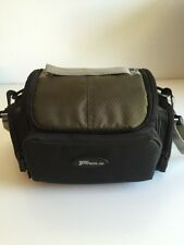 CAMERA BAG SLR SMALL PADDED CARRY/SHOULDER BAGS NYLON Targus Green Tan Travel