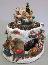 """Holiday Workshop Music Box Plays """"Santa Clause is Coming To Town"""" Christmas"""