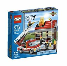 60003 FIRE EMERGENCY truck city town lego NEW sealed NISB legos set retired