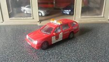 1:43 1/43 Diecast Mercedes Benz E Class Estate Ambulance Bomberos Fire Car NEW