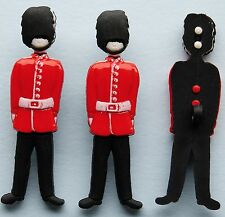 SOLDIER Army Bearskin Guard England London Windsor Queen Dress It Up Buttons