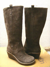 UGG HARTLEY ESPRESSO SUEDE WEDGE BOOTS US 6 / EU 37 / UK 4.5 - NIB