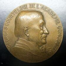 MEDAILLE GEORGES COURTELINE DE ACADEMIE GONCOURT - Signée BAUDICHON  68 mm 149 g