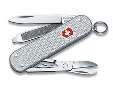 VICTORINOX Classic Alox Silber NEU Schweizer Mini Taschenmesser +Etui Alu Design
