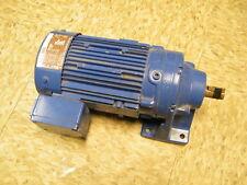 Sumitomo Cyclo Drive Induction Gear Motor CNHM05-6075-17 0.4 KW 17:1 Ratio