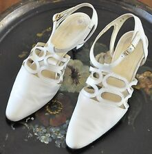 Robert Clergerie France, Leather 8.5 Winter White Retro Heels