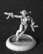 Bonnie Futuristic Heroine 50210 - Chronoscope Reaper Mini D&D Female Machine Gun