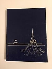 UNH UNIVERSITY OF NEW HAMPSHIRE CLASS OF 1981 YEARBOOK