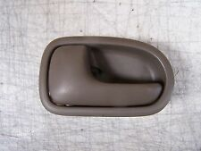 1999 Mazda Protégé Lx Interior door handle  left front driver side Brown