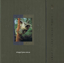 1992 Australia Post Deluxe Collection Yearbook Album with all Stamps
