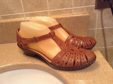 CLARKS BROWN LEATHER ADJUSTABLE CLOSED TOE SANDALS WOMEN'S SIZE 8 M (26065656)