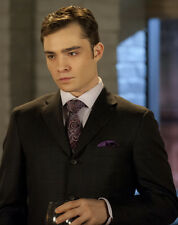 Ed Westwick UNSIGNED photo - E1940 - HANDSOME!!!!