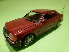 MINICHAMPS  MERCEDES BENZ 300CE COUPE - RED 1:43 - RARE SELTEN - EXCELLENT