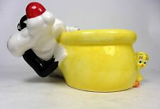 Sylvester the Cat and Tweety Bird Yellow Planter Time Warner Brothers Cartoon