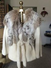 NEW SAGA PEARL MINK COAT WITH LYNX OVERSIZED COLLAR SIZE M-L