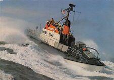 B98832 seenot rettungskreuzer auf einsatzfahrt   germany ship bateaux 1 2 3