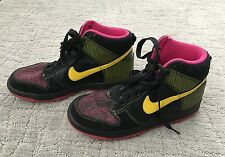 Nike Multicolor High top Shoes Women's Size 8. 80's 90's Retro Pattern