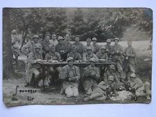 09A1 WWI CPA CARTE POSTALE PHOTO D'UN GROUPE DE POILU 150  RI SOUVENIR DU TIR