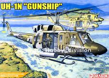 DRAGON 3540 1/35 UH-1N USMC HUEY GUNSHIP Helicopter w/Color PE