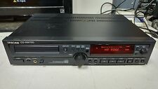 TASCAM CD-RW750 For parts Power on and takes cd