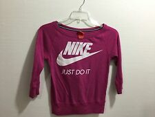 Nike youth girls medium graphic detailed scoop neck pull over shirt