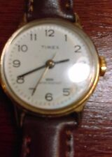 Timex womens water resistant good condition works great