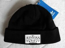ADIDAS Black Retro Badge Patch Cuff BeanieToque Tags Hat UNISEX NEW TAG N19