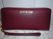NWT Michael Kors Bedford Travel Leather Continental Wallet Wristlet Plum