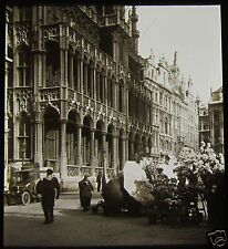 Glass Magic Lantern Slide IN A BELGIAN MARKET PLACE C1920 PHOTO BELGIUM