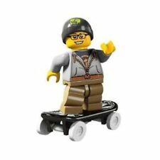 LEGO® Collectable Figures™ Series 4 - Street Skater Skateboarder - 8804