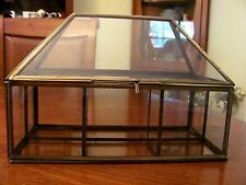 VINTAGE GLASS & BRASS 4 SECTION DISPLAY CASE W/SECURE LATCH CLOSURE GREAT COND