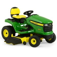 John Deere 1/16 Scale X320 Lawn Tractor with Mower Deck Diecast Age 3+ TBE45484