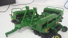 1/64 ERTL custom John deere 1590 folding triple drill w/ markers farm toy