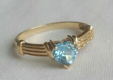 10k Solid Yellow Gold Blue Topaz Heart Ring Size 7