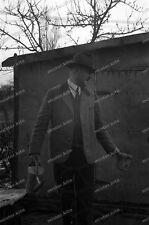 Negativ-Mann-Garten-Gieskanne-Cute-German-Man-1930er Jahre-1930s-2