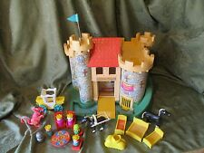 Fisher Price Little People 993 Castle Dragon 100% Play Family King Queen Knight