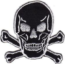 Aufnäher Bügelbild Iron on Patches Totenkopf Pirat Abzeichen schwarz  (a2z3)