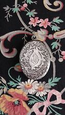 18th c. STERLING LOCKET beveled MIRROR Repousse 1750s jewelry mourning locket!