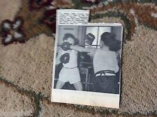 k1-6 ephemera 1966 picture m davies c hills hereson school ramsgate boxing