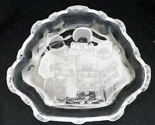 NIB Mikasa Celebrations Carolers Collection Glass Sweet Dish
